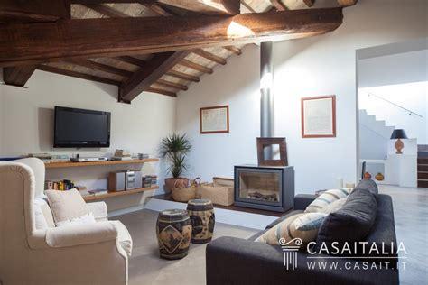 attico con terrazzo attico con terrazzo in vendita a spello