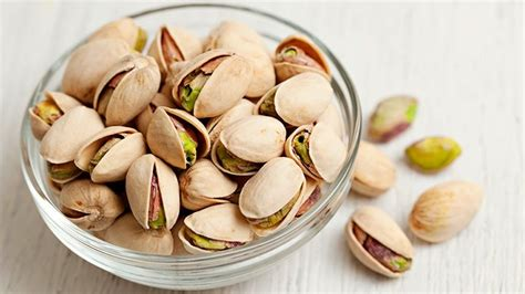 healthy fats pistachios 8 best snacks for blood sugar everyday health