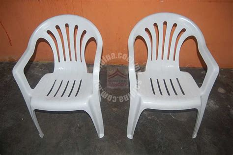 pipee plastic chairs plastic arm chairs supplier malaysia the cheapest price