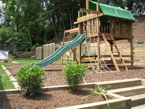 Kid Friendly Backyard Ideas 27 Stunning Kid Friendly Backyard Landscaping Ideas Izvipi