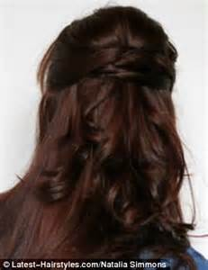 www step cut hairstyle that looks curly hair tutorial to kate middleton s half up hairstyle daily