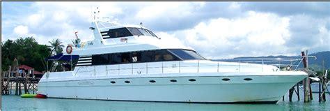 yacht goa go yachting go partying with luxury rental luxury yachts