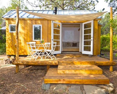 Self Sufficient Cabin Kits by How Vina Built Own Diy Tiny House Cabin Obsession