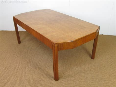 Heals Dining Table Heal S Deco Walnut Parquetry Dining Table Antiques Atlas