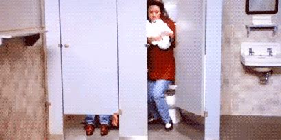 how to poop in a public bathroom 15 struggles everyone who hates pooping in public