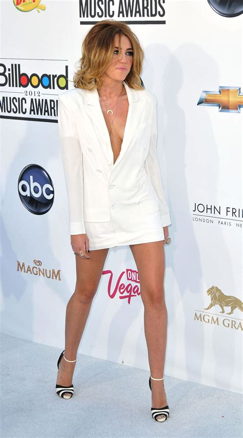 music awards 2012 video miley cyrus at 2012 billboard music awards in las vegas