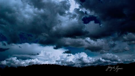 dark cloudy sky hd wallpaper background image