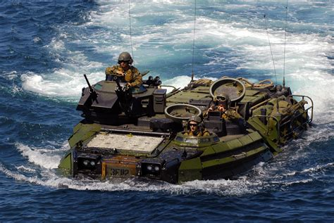2 In 1 St Navy file us navy 100622 n 9706m 048 marines from the 1st battalion 4th marine division return to