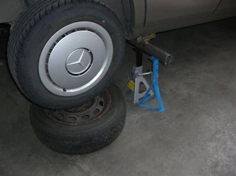 Auto Aufbocken Ohne Hebeb Hne by W124 260e Reparatur Hinterachsmittelst 252 Ck Differential