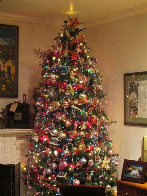 shiny bright christmas ideas shiny brite vintage tree decorated
