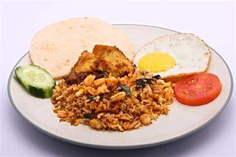 membuat nasi goreng warung nasi goreng picture of warung pulau kelapa ubud