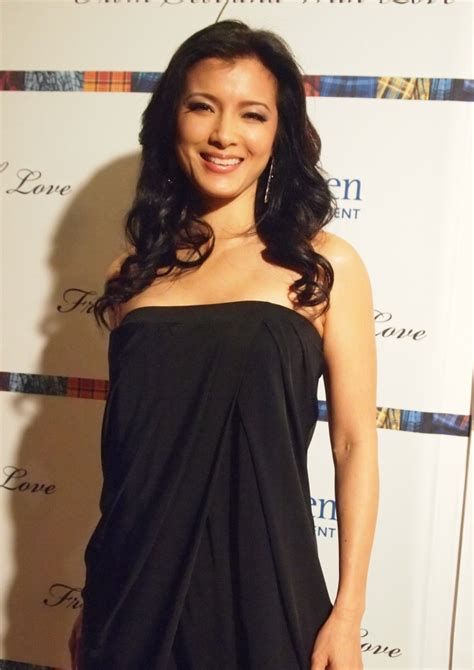 kelly hu headshave kelly hu weight height measurements ethnicity hair color