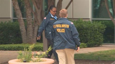 Irs Office In Dallas by Irs Postal Inspectors Raid Benny Hinn Ministries