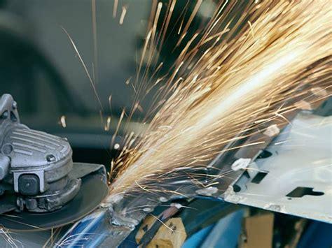 Costo Carrozziere - riparare la macchina dopo incidente modena castelnuovo