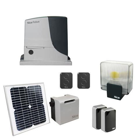motorisation portail coulissant solaire 1116 robus kit 1000 solemyo habitat automatisme