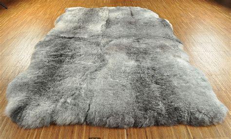 lammfell teppich 239 191 189 ko lammfell teppich grau natur 180 x 120 cm kurzwollig