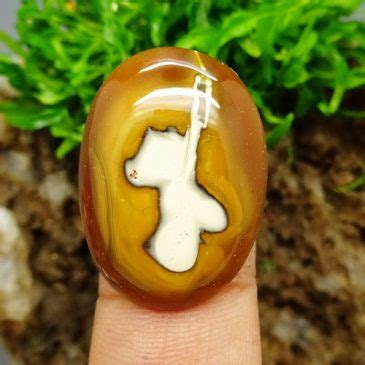 Batu Mustika Minak Jinggo mustika minak jinggo bertuah pusaka dunia