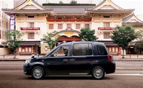 toyota jpn taxi toyota debuts jpn taxi at tokyo auto show news car and
