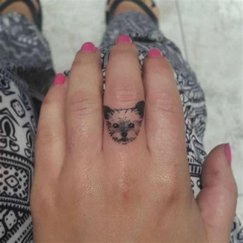tattoo finger dog 19 adorable dog finger tattoos