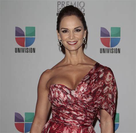 belleza latina en vivo miss belleza latina 2015 en vivo newhairstylesformen2014 com
