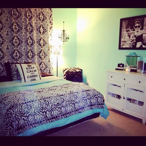 audrey hepburn bedroom 17 best images about bedroom on pinterest ikea dresser