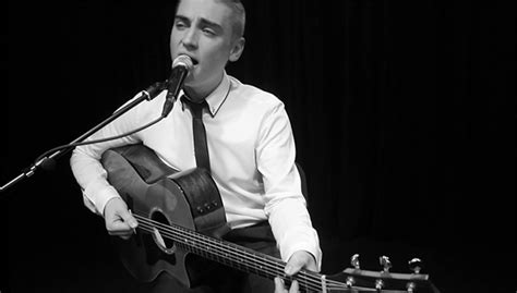 Wedding Song Usher by Hire Andy Usher Best National Singer Wedding Guitarist