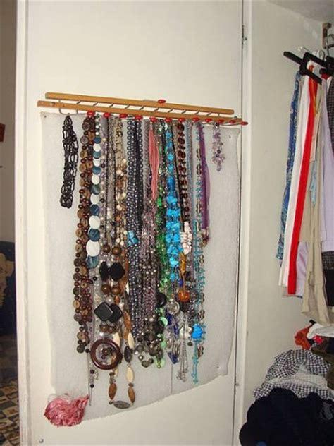 appendi cravatte da armadio porta collane fai da te idee creative per gioielli sempre