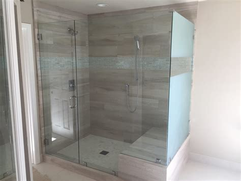 Shower Doors San Diego Sandblasted Glass Ecnlosure Patriot Glass And Mirror San Diego Ca