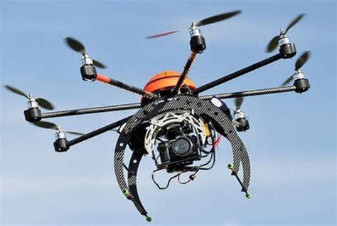 Kamera Pesawat Drone sepuluh kamera terbang pantau arus mudik di riau republika