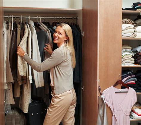 basiques garde robe femme quels sont les basiques d une garde robe pratique fr