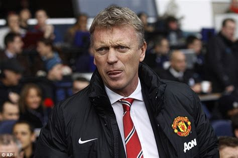 evertons david moyes disgusted by abuse of blackburns respect manchester united fans have been critical of