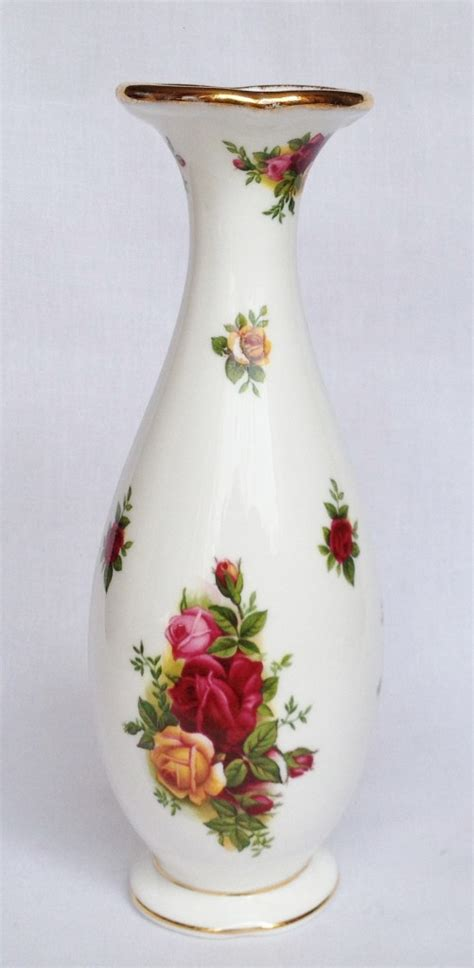 Royal Albert Country Roses Vase by Nivag Collectables Royal Albert Country Roses