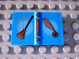 Lego Utensil Book 2 X 3 With Quidditch Broom And Golden Snitch Pattern bricker construction by lego 4726 quidditch practice