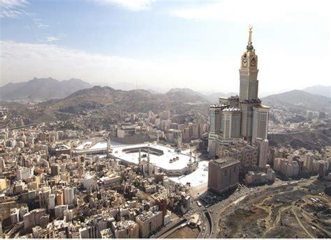 al abraj abraj al bait new behemoth hotel in mecca