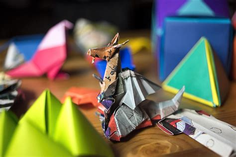 Tokyo Origami - folding paper at the origami kaikan tokyo for 91 days