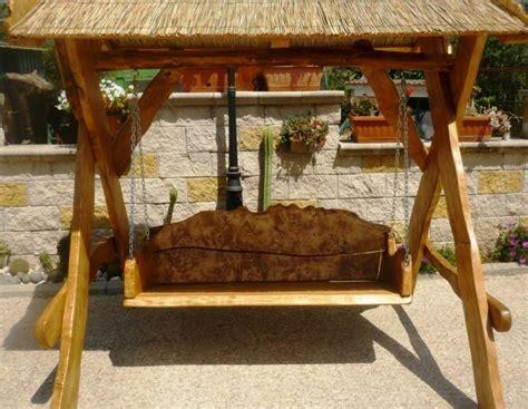 dondolo per giardino dondolo da giardino in legno arredamento giardino