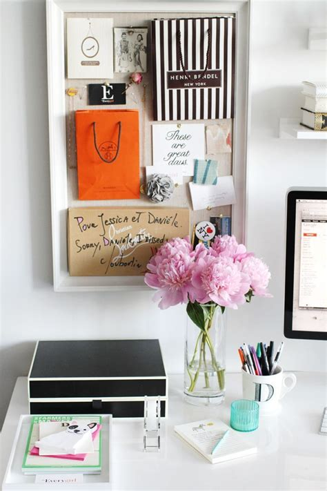 decorate desk 10 best images about desk decor on pinterest feminine