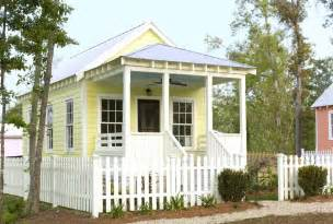 Small Cottage House Plans With Porches wonderful small cottage house plans with porches nice look