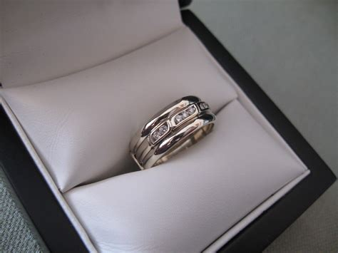 wedding band goes on which wedding and engagement rings which one goes
