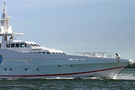 boatsetter miami rent a 1977 122 ft oceanfast in miami beach fl on boatsetter