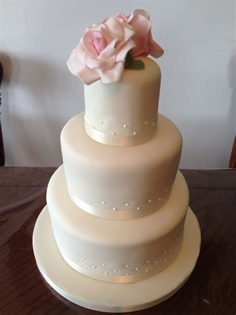 Simple But 3 Tier Wedding Cake For And Eggless Bakes 3 Tier Wedding Cake With Pink Roses