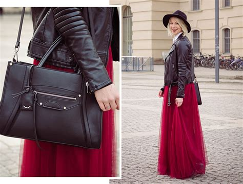 herzrasen nachts im liegen fashion week look mit maxit 252 llrock lavie deboite