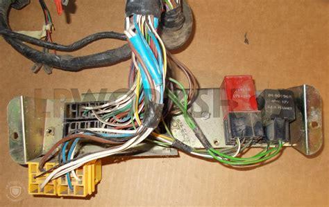 connector relay starter defender  tdi find land rover parts  lr workshop