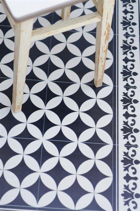 cuisine r騁ro id 233 e relooking cuisine tapis en vinyl de chez fleux