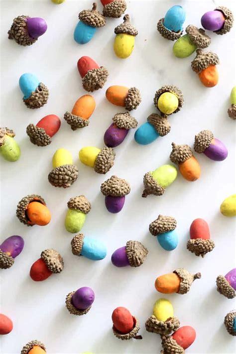 painted acorns rainbow acorns fall craft  thanksgiving