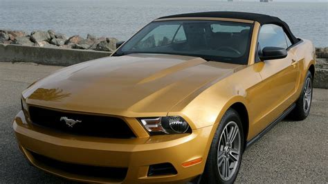 Mustang Auto 2010 by 2010 Ford Mustang Convertible Review 2010 Ford Mustang