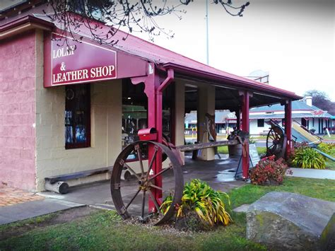 bungendore woodworks gallery day trips from canberra bungendore canberra