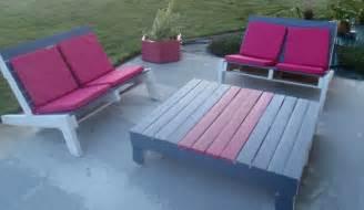 realiser un salon de jardin en palette chez lilypouce