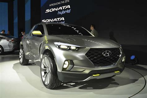 hyundai crossover truck hyundai santa cruz concept detailed motor exclusive