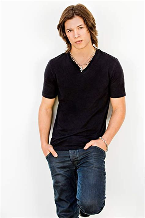 Pictures Of Leo Howard